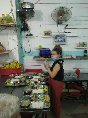 Vn Vpv 13 20011 Social Smile Restaurant For Low Income